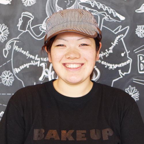 カフェ部門店長:堀 佳美