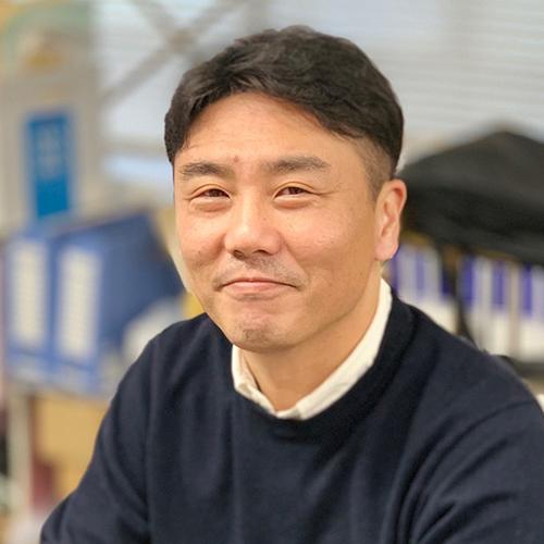 営業部長:山田正明