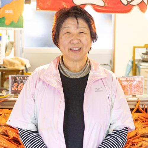 代表:中村初江