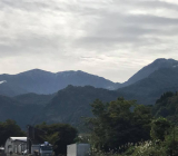 新潟焼山 初冠雪 今日も稲刈り頑張ってます!