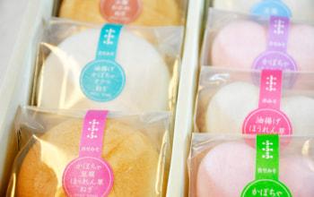 味噌・具の種類はそれぞれ違いますが、一目で分かるようにシールが貼られています。