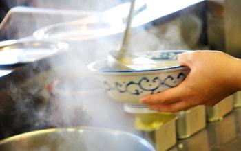 和風スープと白湯スープを調合したダブルスープ
