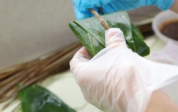 使用する笹は新潟県村上産