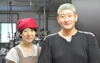 栃尾出身の奥様と二人三脚で営業されています