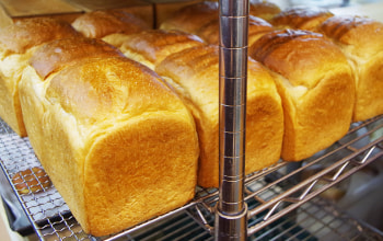 石窯焼きパン工房 麦の詩