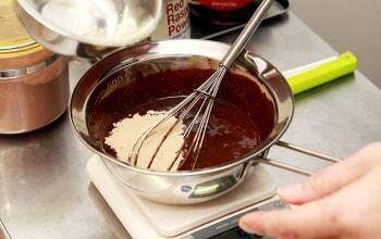 基本の材料はローカカオ天然甘味料、塩のみ