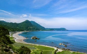 豊かな自然に恵まれる佐渡ヶ島
