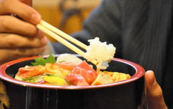 袖山商店のお米を利用しているお寿司屋さんにて。料理のプロにも認められているお米