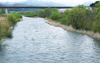 雪解け水を海へ運ぶ胎内川