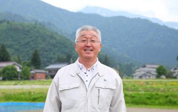 うおぬま倉友農園の代表関 秀俊さん
