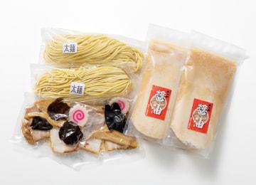 商品イメージ(太麺・しょうゆ)