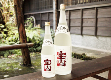 新潟県産コシヒカリを100%使用