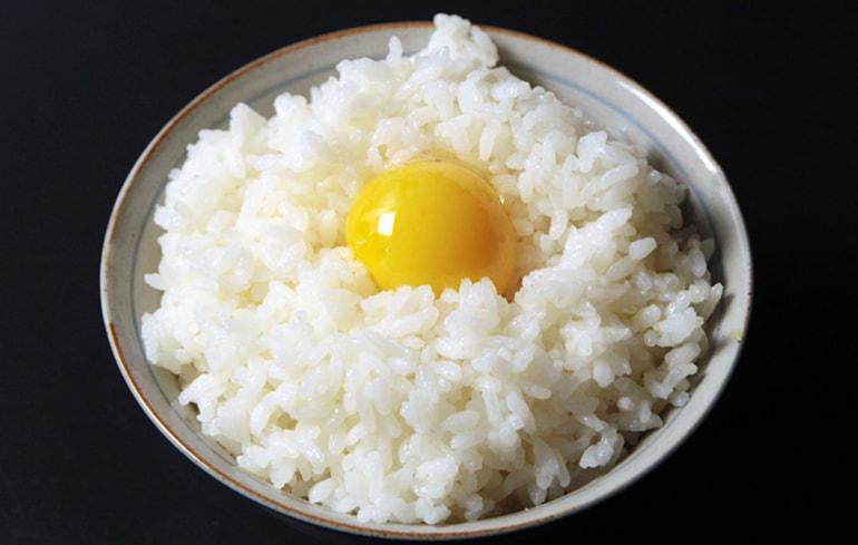 地鶏卵の詰め合わせ – 五頭山麓ひよころ鶏園
