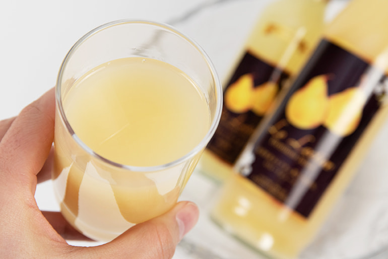 ル・レクチェ果汁100%ジュース(ストレート・微炭酸)- 和泉果樹園