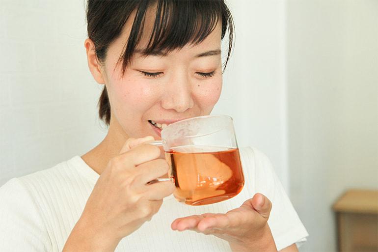 メグスリノキ茶 – 有限会社 肝太・妙高西条農園