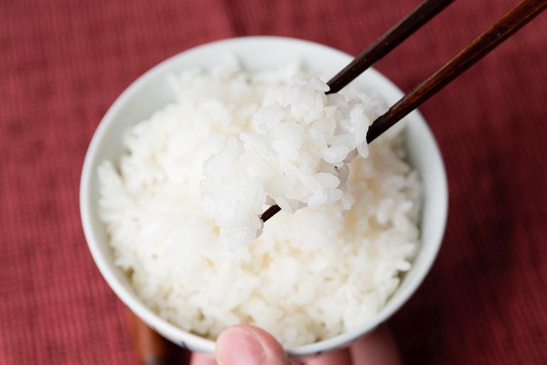 令和2年度米 魚沼産 自然栽培 はざかけ米 コシヒカリ(棚田栽培・従来品種) – ぬながわ村農園