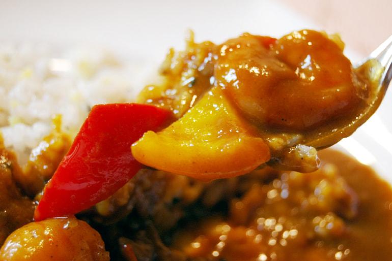 ふるさと野菜と海老のヘルシーカレー – 洋食レストランChez Noa(シェノア)