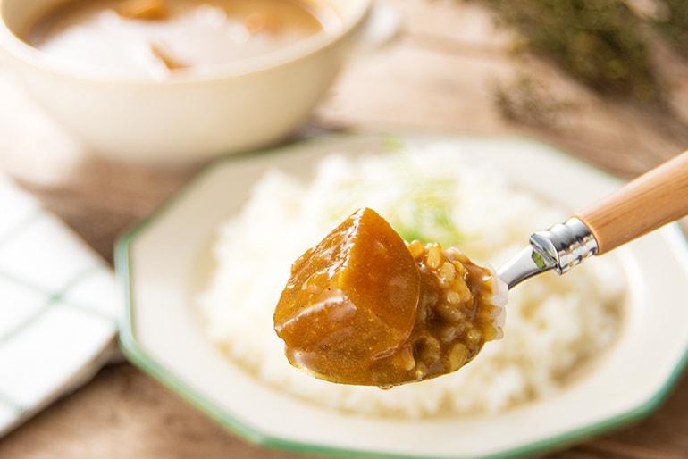 糀六華カレー – 割烹 新柳