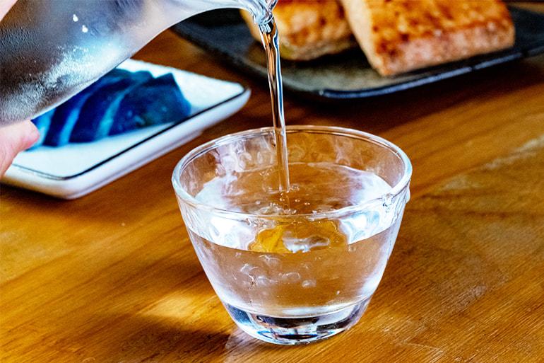 越乃飛燕 – 地酒の店 丸山屋