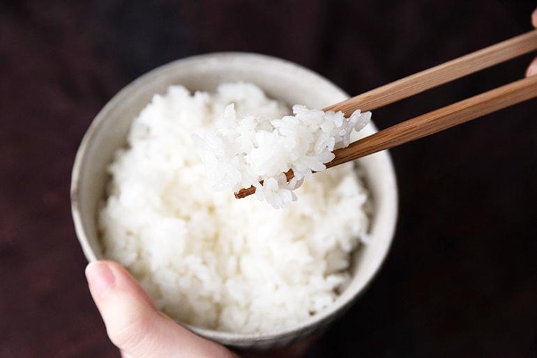 令和3年度米 魚沼産 はざかけ米 コシヒカリ(従来品種・棚田栽培・特別栽培) – Mt.ファームわかとち