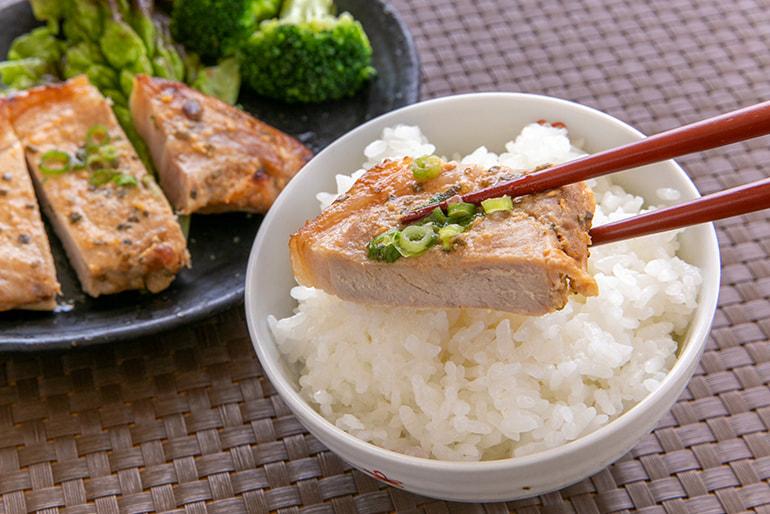 和豚もちぶた ねぎ味噌ステーキ – 旬彩の庄 坂戸城
