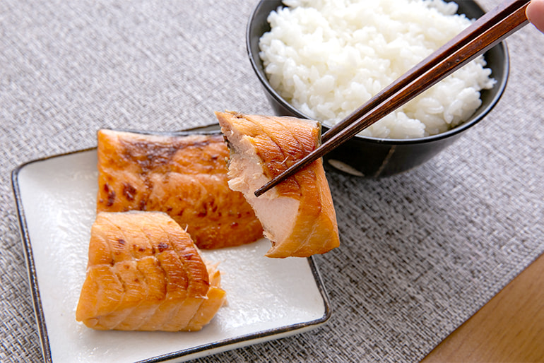 鮭の味噌漬け – 株式会社渡辺鮮魚