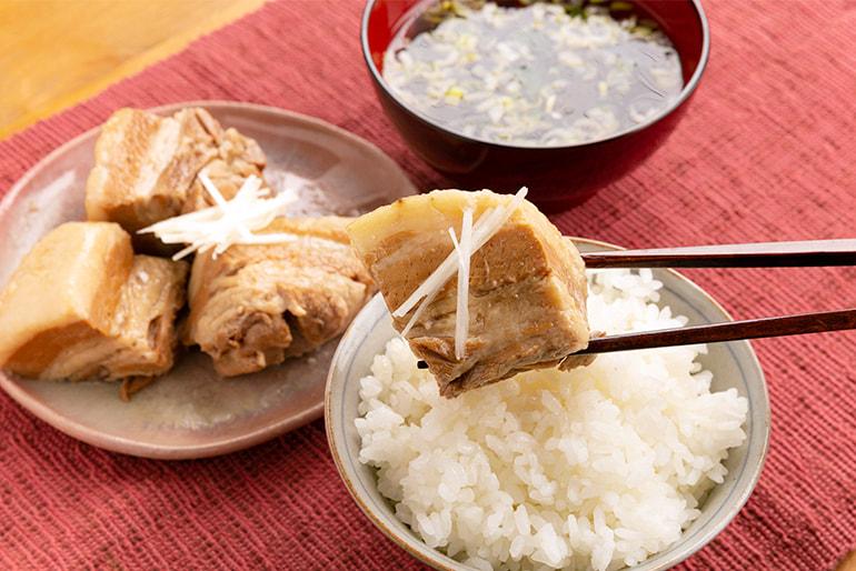 老舗割烹の惣菜詰め合わせ(鮭の味噌漬け・鮭の焼漬け・豚角煮) – 割烹 柳屋