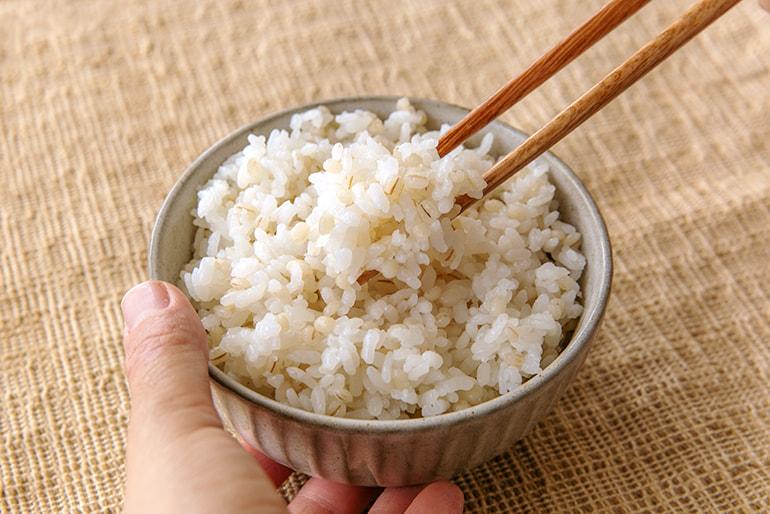 新潟県産もち麦「白雪もち麦」(はねうまもち) – コトイロ日和