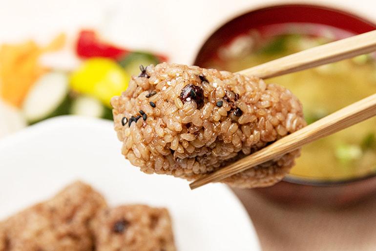 さっちゃんの酵素玄米ごはん – 水原町農産センター