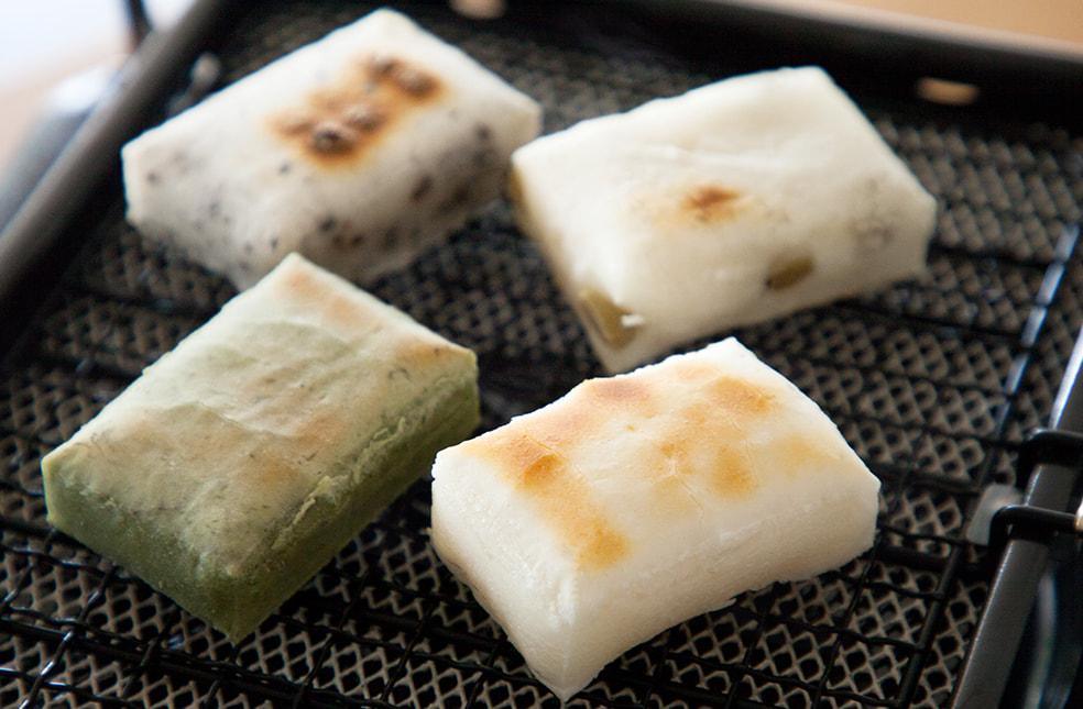 阿賀の白雪餅(こがねもち)