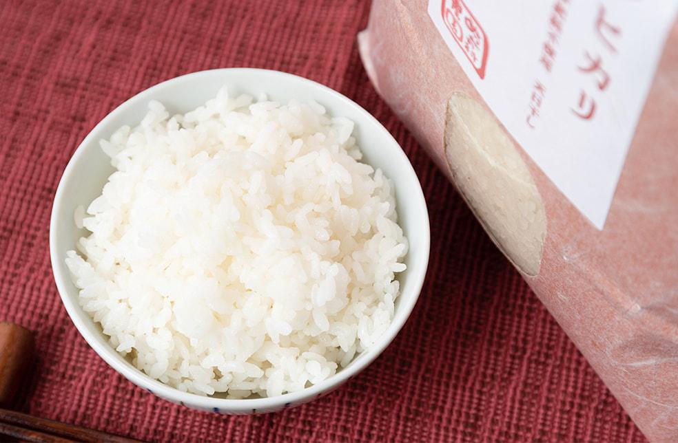 令和元年度米 魚沼産 自然栽培 はざかけ米 コシヒカリ(棚田栽培・従来品種)
