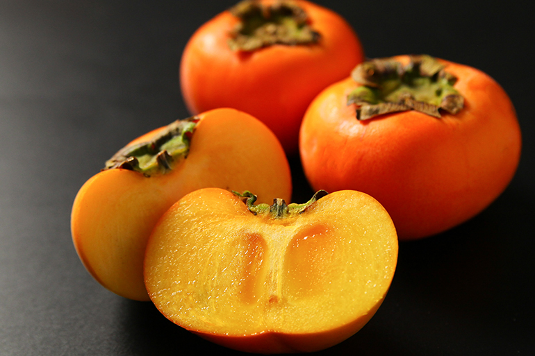 甘くて柔らかい果肉!越王八珍柿!