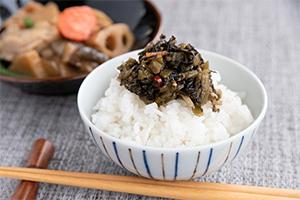 2.野沢菜の油炒め 鳥そぼろ