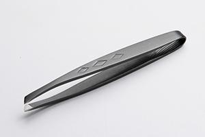 2.ダイヤ(酸化発色)ブラック ヘアライン