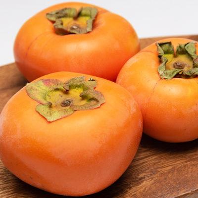 上品な甘さととろける肉質が特徴のおけさ柿