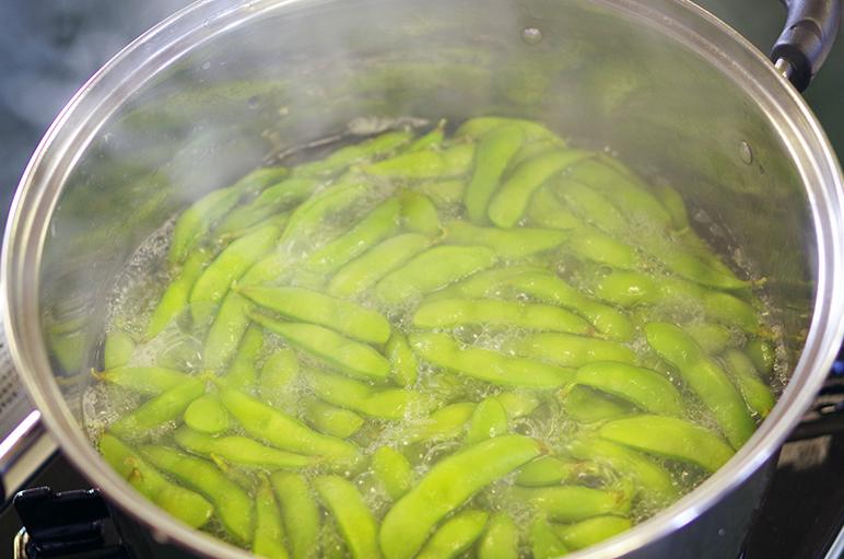 採れたての枝豆は香りがとっても濃厚