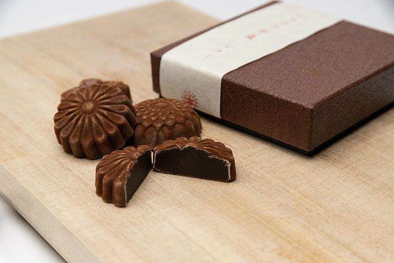 羊羹とチョコの融合!小豆とカカオ豆を生かした新しい和菓子