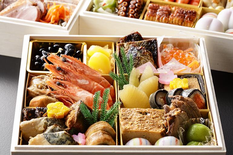 新年の始まりを祝う、美味しいおせちをお届けします