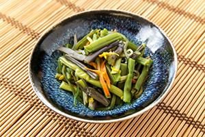 1.ふわっと良い香りの山菜漬け