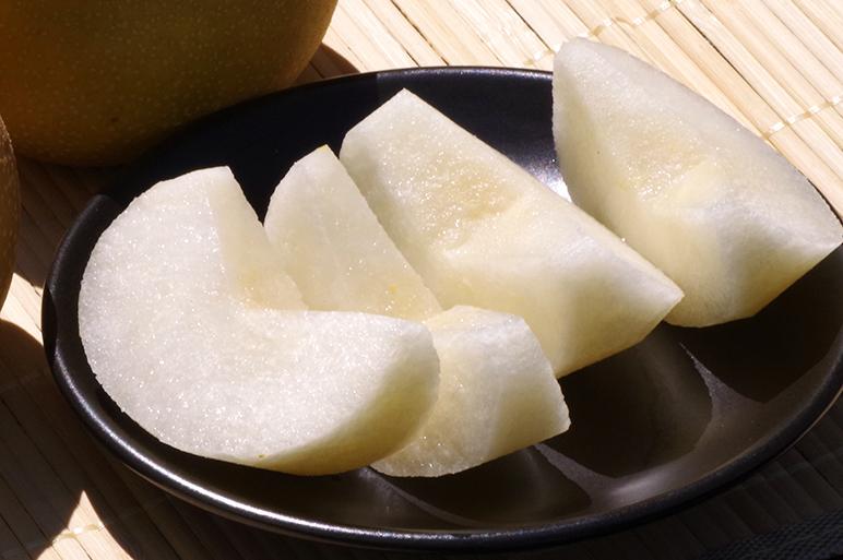シャリシャリのみずみずしい梨をお楽しみ下さい!