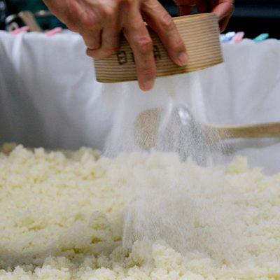 新潟県産コシヒカリ100%使用
