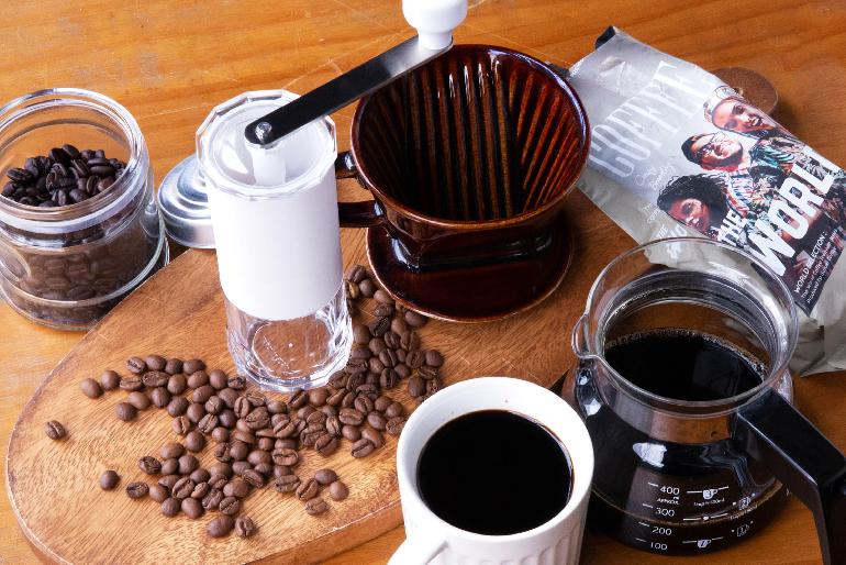 使い心地のよいミルで癒やしのコーヒーブレイクを