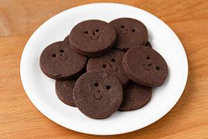 2.クッキー(ココア味)