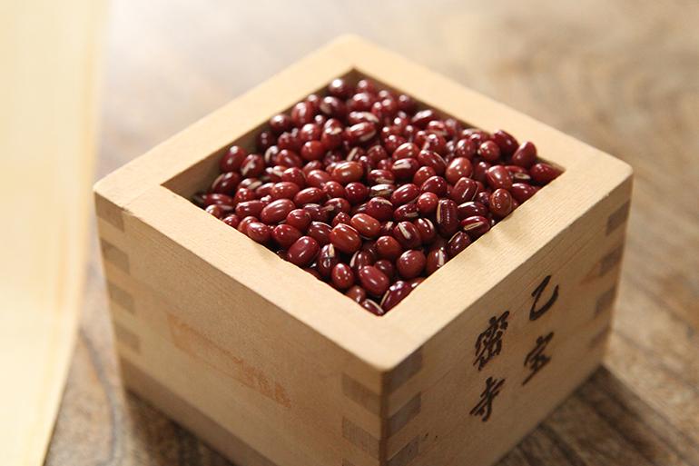 「糀」と「小豆」は栄養の宝庫!素材は国産のみを使用!