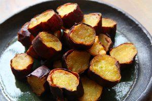 3.カリッと香ばしい揚げ焼き芋