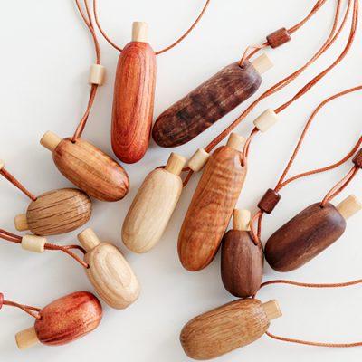 木製 アロマペンダント