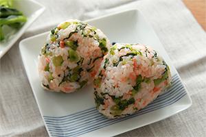 3.鮭菜混ぜごはん