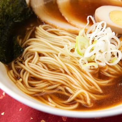 新潟県の特産品を掛け合わせた絶品ラーメン