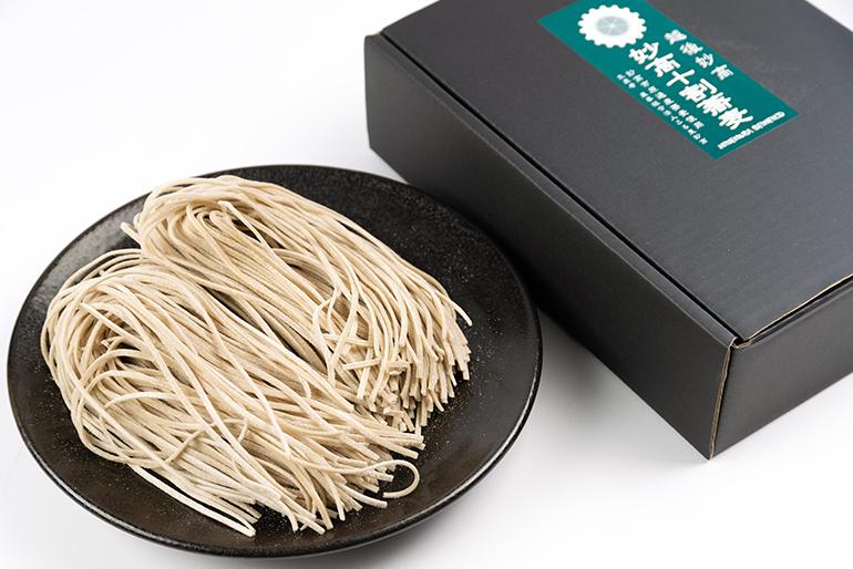 ご家庭で味わえる本格十割蕎麦!贈答品にも人気です