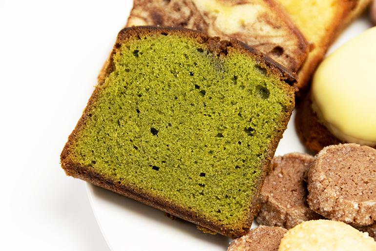イチオシの村上茶ケーキ!新潟特産村上茶のコク!